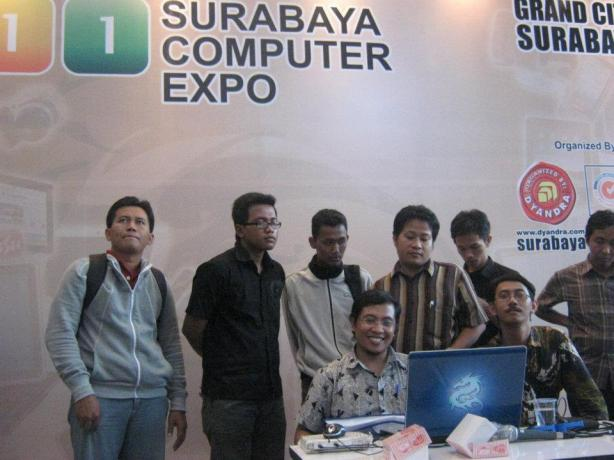 Workshop-Cloud-Computing-Server-System-with-VMWare-ESX-at-Surabaya-Computer-Expo-2011-Grand-City-Mall-002