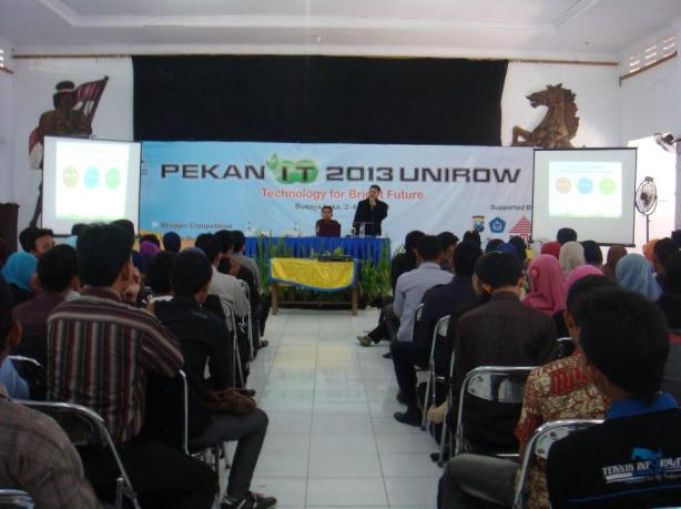 Seminar-VMWare-Cloud-Server-System-at-Pekan-IT-Unirow-04-Mei-2013--002
