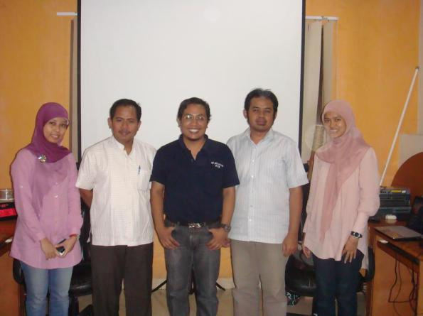 Workshop-10-Linux-Server-System-at-HR-Muhammad-Surabaya