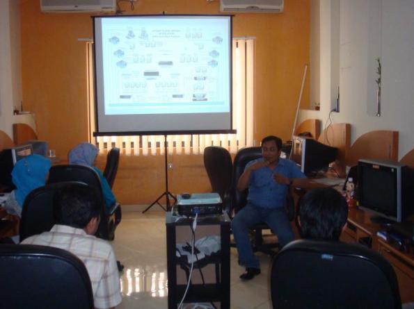 Workshop-9-Linux-Server-System-at-HR-Muhammad-Surabaya